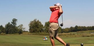 Golf : travailler sa rotation au bureau