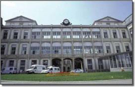 L'entrée principale de l'hôpital de la Croix-Rousse