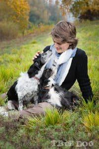 Yannick Toulon et ses chiennes.