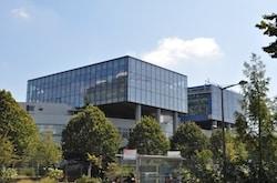 Manuel Valls vient inaugurer l'extension du laboratoire P4 à Lyon