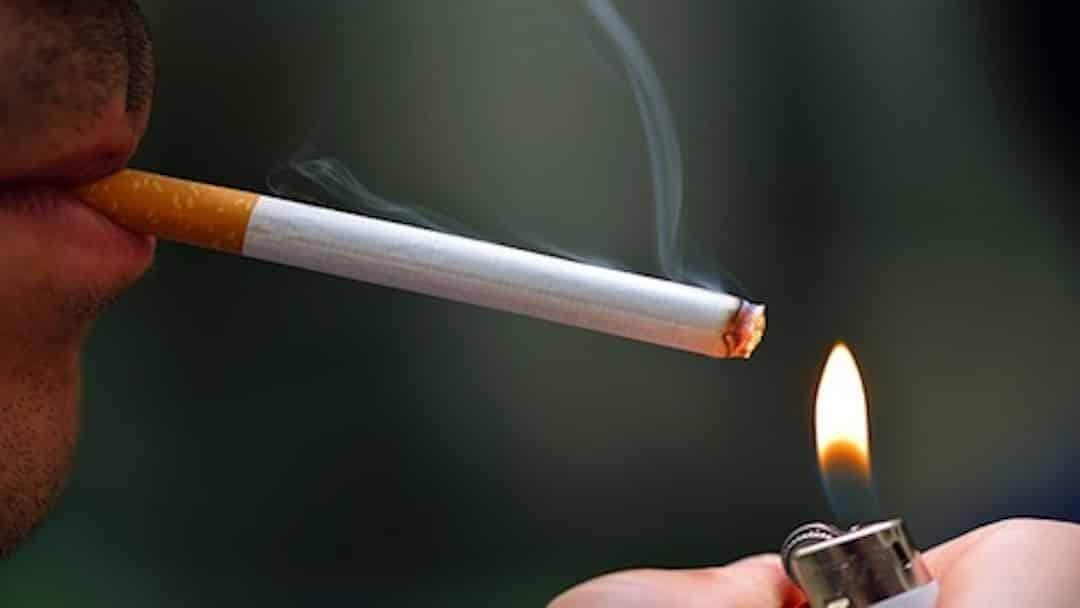 La cigarette bientôt interdite à Lyon dans les aires de jeux