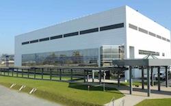 Le vaccin sera produit sur le site flambant neuf de Sanofi-Pasteur à Neuville-sur-Saône.©Sanofi-Pasteur