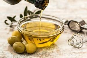 L'huile d'olive, un produit de nutrition à consommer avec modération
