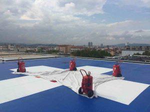 A Lyon, les blessés graves arrivent en hélicoptère sur le toit du pavillon H d'Edouard Herriot.