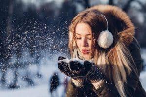La peau doit faire l'objet d'un minimum de soins pour ne pas souffrir de l'hiver