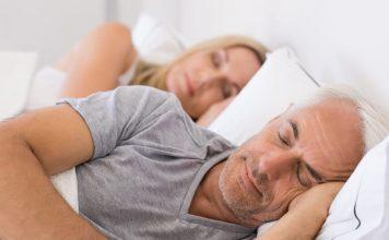 Bien dormir lorsque l'on vieillit est avant tout une question de comportement.