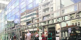 touristes masques Covid-19 Lyon