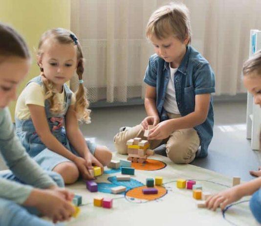 école inclusive classe autisme dans la Loire