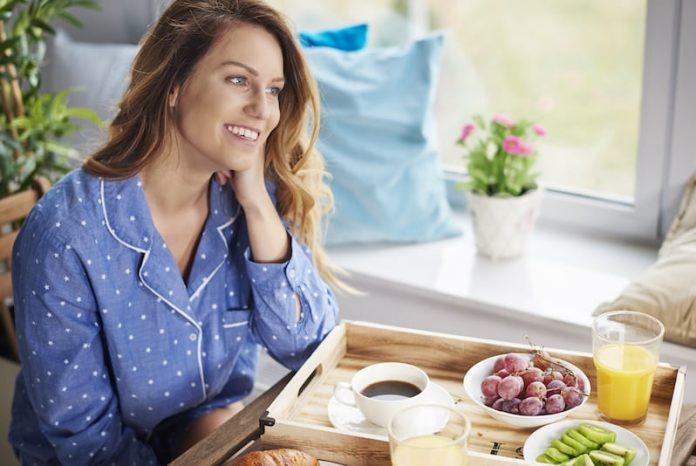 Un bon petit déjeuner équilibré est essentiel pour une journée en pleine santé.